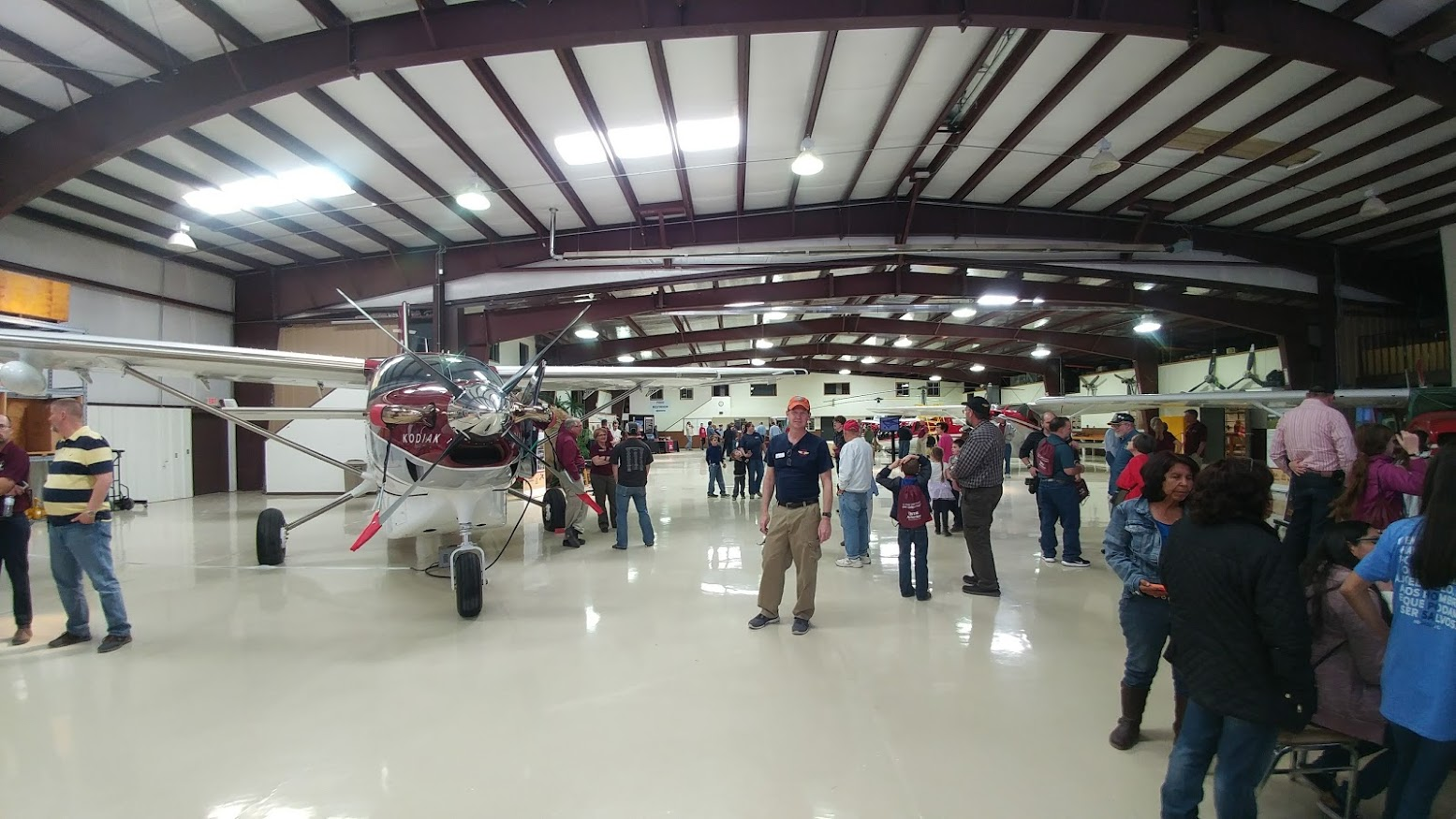 2017-02-04_new-tribes-mission-aviation-open-house3.jpg
